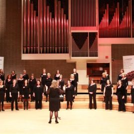 Di Voci performing at the Manchester Amateur Choral Competition 2011